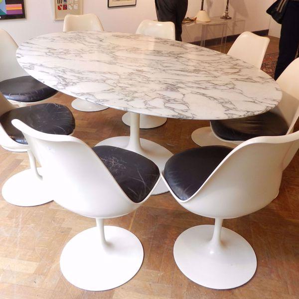 Image sur TABLE OVALE avec chaises