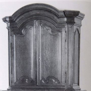 Picture of TWO-PIECE CABINET