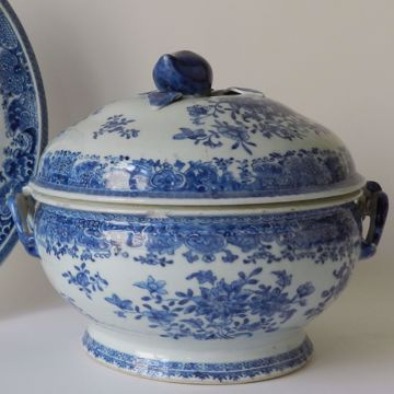 Picture of LIDDED DISH