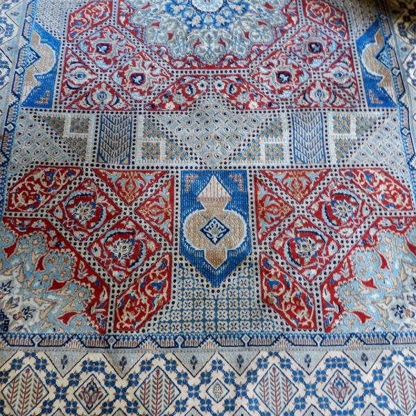 Picture of PERSIAN RUG